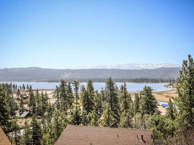 Photo for Grande Lodge Super Spacious 5 BR Fawnskin Lakeview