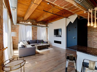Photo for Chicago Dream Loft in the heart of Chinatown - Close to South Loop and McCormick