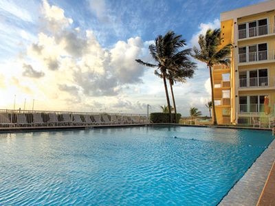 Photo for Wyndham Sea Gardens, 1 Bedroom Deluxe Condo, Free WiFi