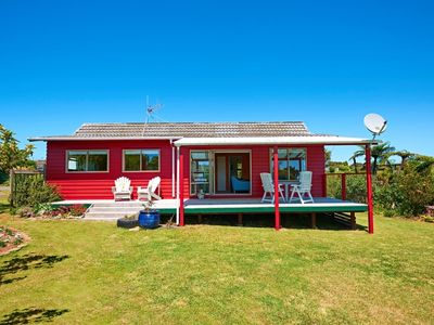 Photo for Larus Cottage: Bright and airy with great views