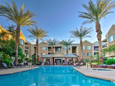 Photo for Condo w/Resort-Style Amenities By Downtown Phoenix