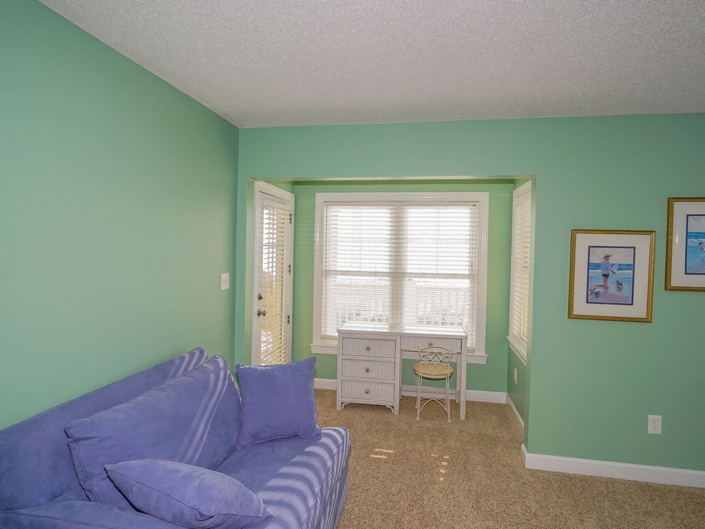 FREE LINENS ALL INCLUSIVE RATES! Oceanfront, Inlet Views, Private ...