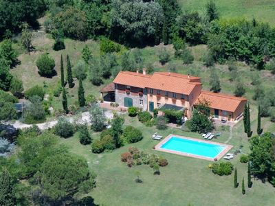 Photo for Traditional Tuscan villa with pool on the hills of Lucca