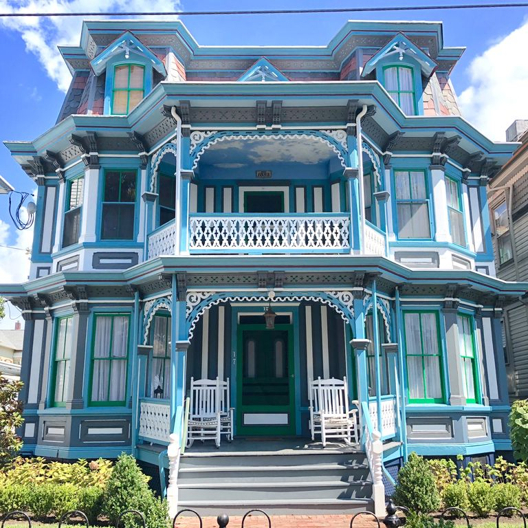 Victorian Beach House on Jackson Street. Only 300ft To The ...