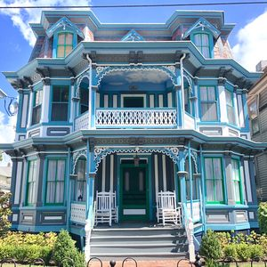 Fantastic Victorian Beach House On Jackson Street Only 300Ft To The Beach Sleeps 26 Cape May Download Free Architecture Designs Scobabritishbridgeorg