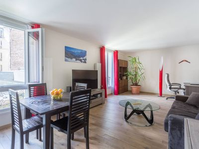 Photo for Spacious 2 bedroom flat in the heart of Montmartre