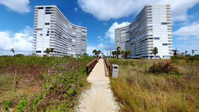 Photo for South Seas Tower 1 #512 - Endless Beach/Gulf Views From This Large End Unit!!