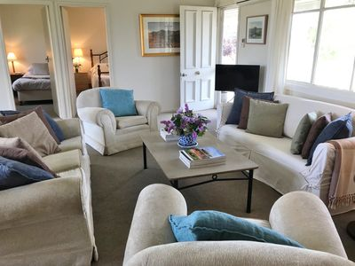 Relax in the spacious sitting room Plenty to read, listen to music or watch TV