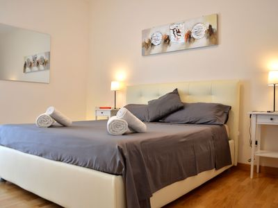 Photo for Cozy flat near St. Peter's Square