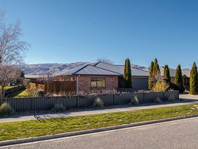 Photo for Seldom Inn - Cromwell Holiday Home