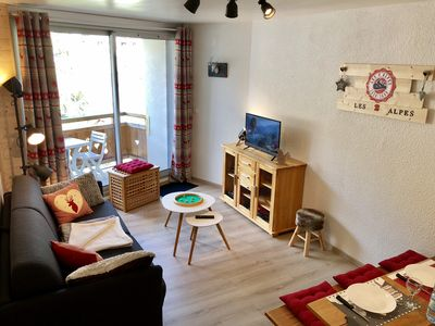 Photo for Apartment to rent, 38sqm, 4/6 sleeps, located on the snow front, nearby ESF