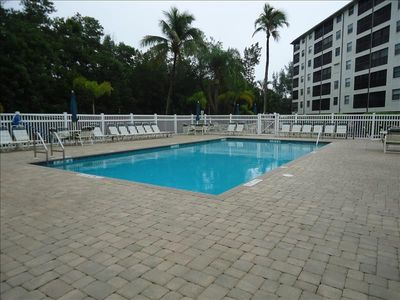 Photo for South End Fort Myers Beach 2/2 Corner Condo Across The Street From The Beach