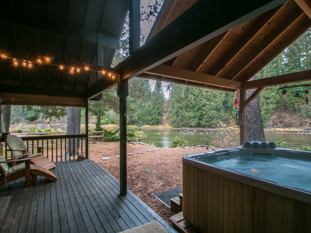 Serendipity On The Wenatchee River Private Hot Tub Wi