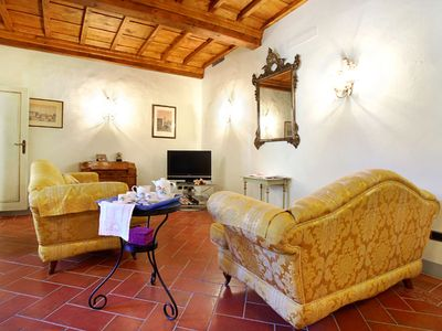 Photo for Della Pergola apartment in San Marco with WiFi & air conditioning.