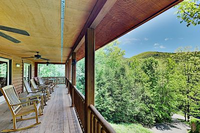 Welcome to Montreat! Take in beautiful mountain views from 3 decks.