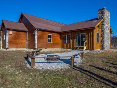Photo for Newly remodeled 4 bedroom pet friendly lodge with seasonal in ground pool. Close to Cantwell Cliffs