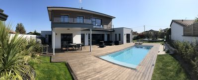 Photo for Villa 250 m2 for 8 to 10 people with heated pool and air conditioning
