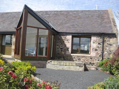 Thairn cottage has a south facing conservatory overlooking the cottage garden.