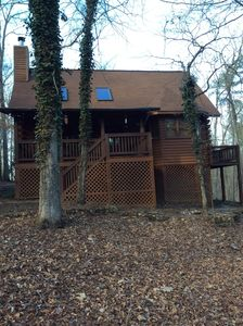 Front view. Note the privacy deck off the side. Only access is inside cabin.