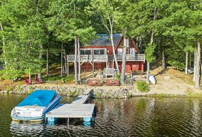 Photo for 2BR Cottage Vacation Rental in Barrington, New Hampshire