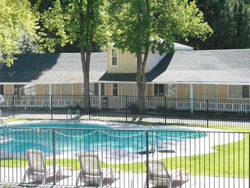 $38 a night Near Sequoia & Kings Canyon Parks sleeps 15 to 50. Kids under 5 free