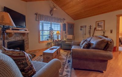 Photo for Pet Friendly, Welcoming 2 Bed/2 Bath lodge at Stonebridge