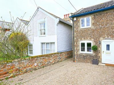 Photo for Caines Cottage - Two Bedroom House, Sleeps 4