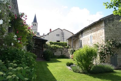 The gardens that wrap around the two Cottages