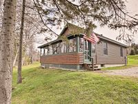 Great cabin. Great lakeside location