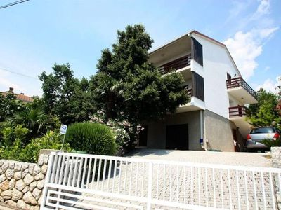 Photo for Holiday apartment with air conditioning, Internet, barbecue and sea view