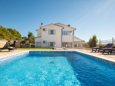 Photo for Stuning villa with sea view and swimming pool