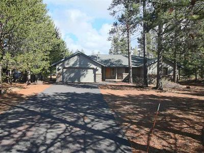 Photo for Single level home with open floor plan and A/C. Free SHARC Passes.