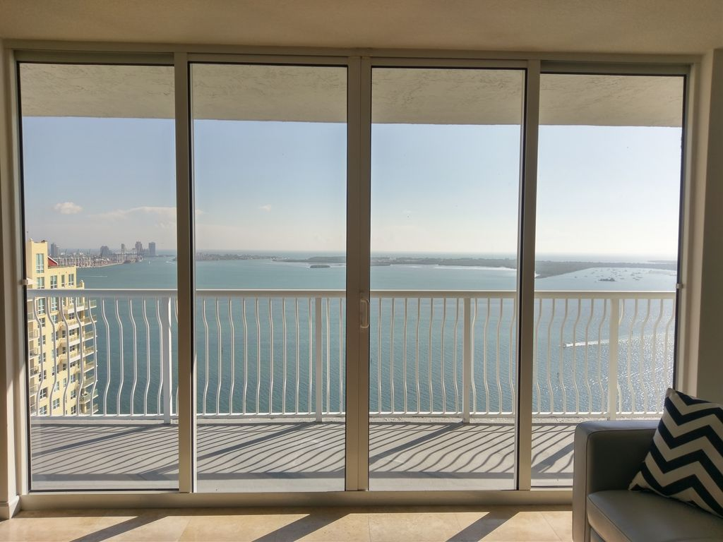 Ocean & City View from Beautiful 2/2 in the Heart of Downtown Miami