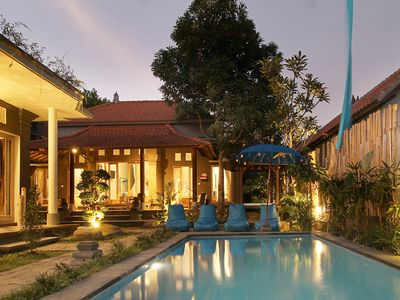 Photo for Authentic 300 m habitable Balinese villa with Private Outdoor Pool