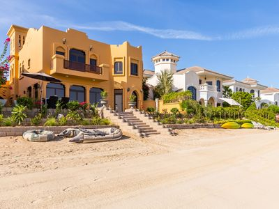 Photo for Luxurious 5 bedrooms Villa in Palm Jumeirah
