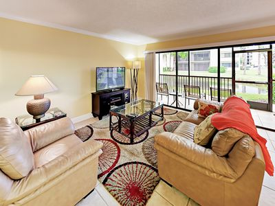 Photo for Jupiter Ocean & Racquet Club 2BR - Close to Beach, Pool, Tennis, Clubhouse