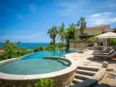 Photo for Family Friendly 6 BR Casa Fortuna w/ WiFi, Private Pool, Gourmet Kitchen + More