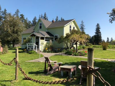 Photo for 1907 Anderson Farmhouse-Complete Restoration, Peaceful & A Step Back in Time