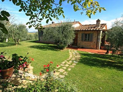 Photo for Splendid villa located in the heart of Chianti near Certaldo