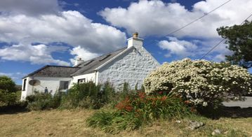 Traditional Croft Cottage Overlooking The Snizort River - Portree, Isle Of Skye