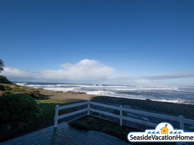 Photo for OCEAN FRONT: PACIFIC VIEW: HOT TUB:  Seaside Vacation Homes, Inc Managed