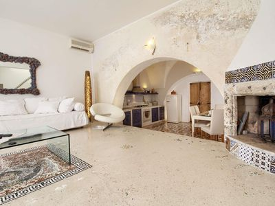 Photo for Gallipolli Old Town  apartment in Gallipoli with air conditioning & private roof terrace.