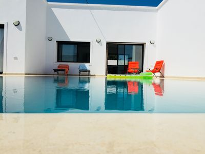 Photo for Modern and functional villa with pool