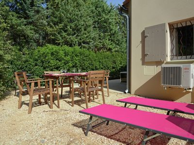 Photo for Luxury and modern villa with private jacuzzi in Carpentras in Luberon