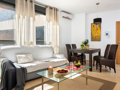 Photo for 3BR Apartment Vacation Rental in Sevilla, Andalucía