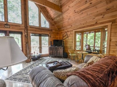 Skyfall Lodge is a 3 bedroom 2 bath mountain cabin on 16 acres of land
