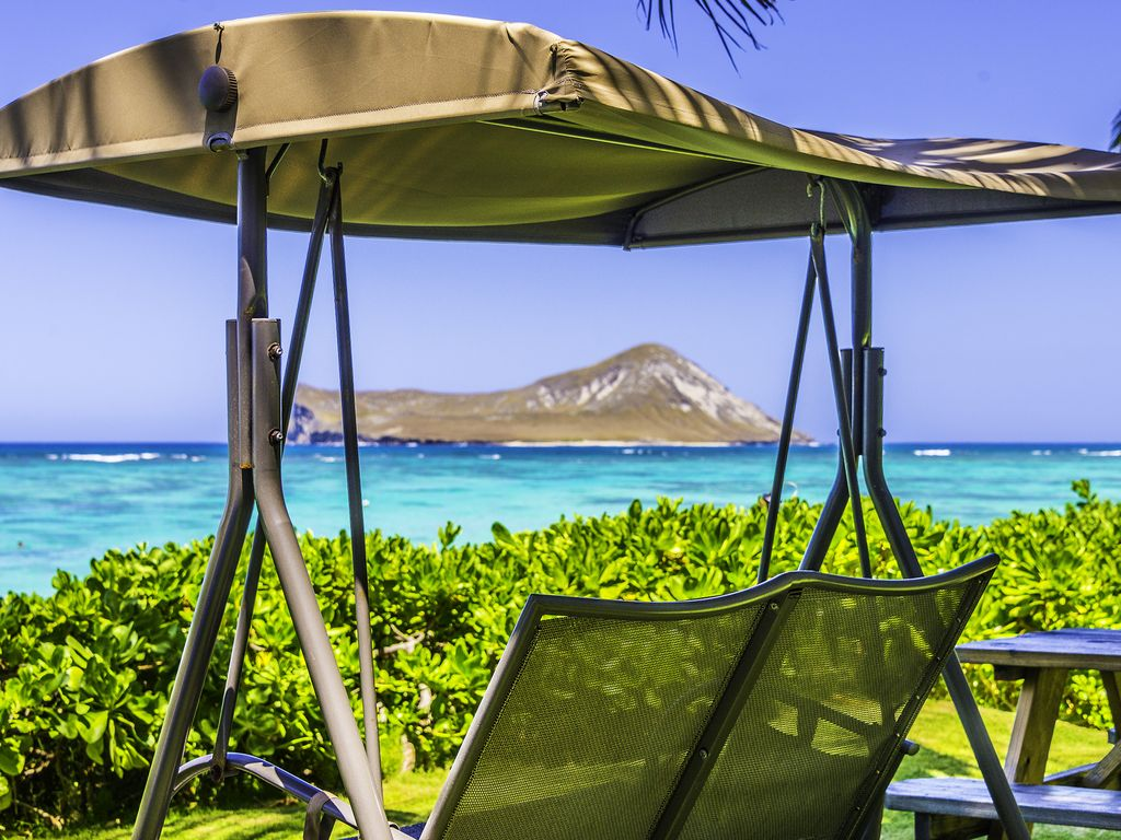 Oahu beach chair rental hawaii beach time - Property Image 19 Beach Front Property Next To Magnum Pi Tropical Setting True