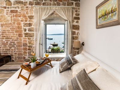 Photo for Apartment Cippico Kastel in 15th century fort directly at the sea near Split