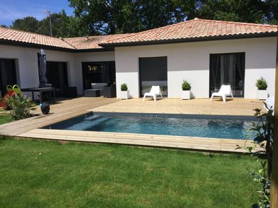 Photo for Contemporary house with pool