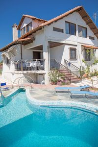 Photo for Luxurious villa with swimming pool in superb place